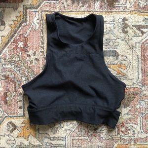Outdoor Voices Slashback Crop Size Small